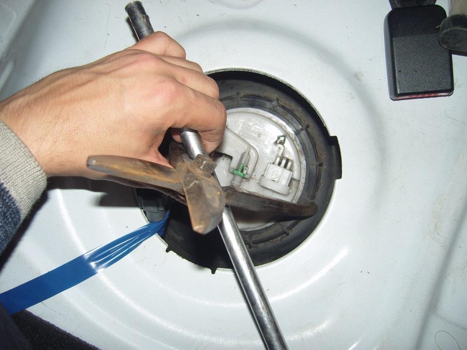 renault symbol как часто менять топливный фильтр