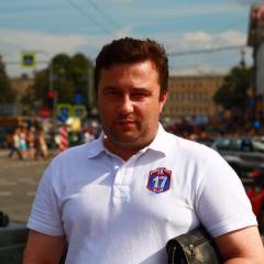 Максим Влaдимирович